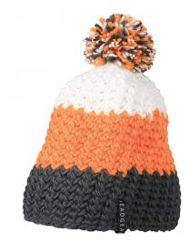 Crocheted Cap with Pompon